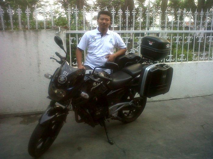 Ki Seno dengan Bajaj Pulsar 200 CC