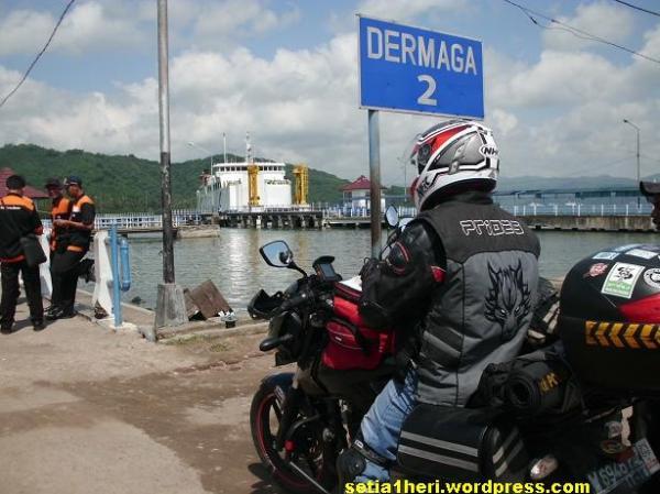 dermaga pelabuhan lembar lombok
