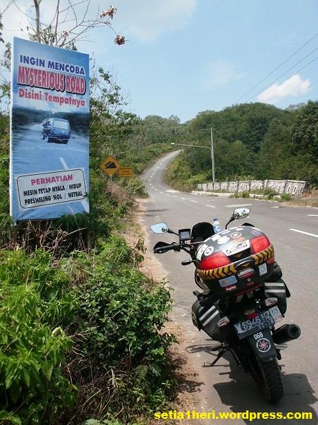 mysterious road gunung kelud