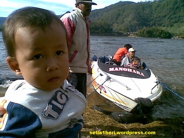 bersiap naik speed boat
