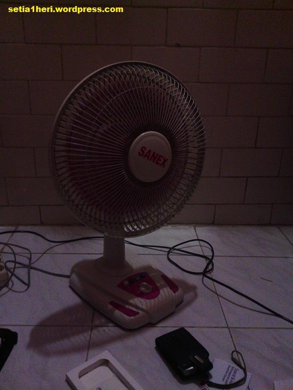 kamera belakang 5 mp indoor malam hari