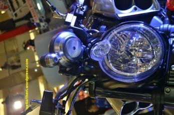 Headlamp Yamaha V-Max