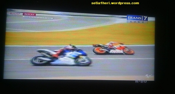 battle antara Lorenzo dan Marquez
