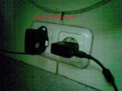 colokan listrik di ka argo bromo anggrek pagi