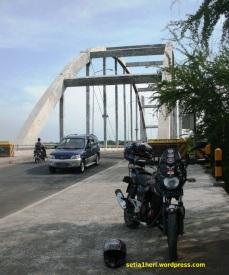 Jembatan Sedayu Lawas