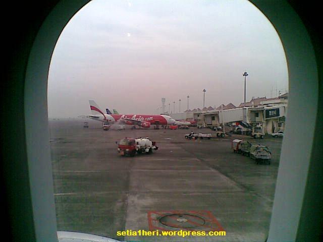 pesawat di bandara