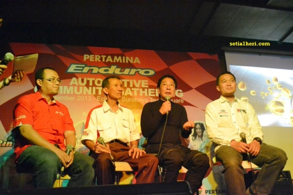 automotive community gathering @ sutos