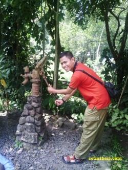 sumur tua di taman safari
