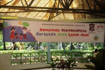 spanduk HAN 2013 surabaya