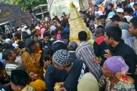 Haul Mbah Syafii Pongangan Manyar Gresik tahun 2014 (41)