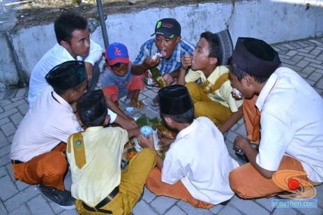 Haul Mbah Syafii Pongangan Manyar Gresik tahun 2014 (49)