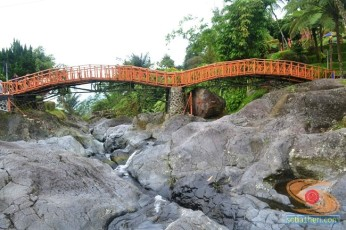 objek wisata baturraden banyumas jawa tengah (15)
