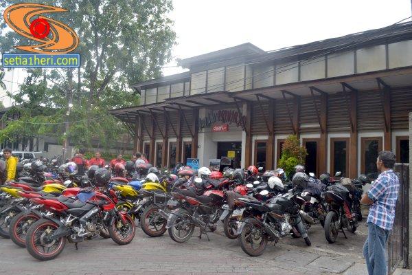 launchin pulsar 200 ns di RM Primarasa Surabaya