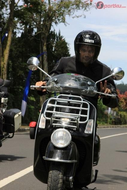teuku-wisnu-ridis-biker-boys-kelilingi-pulau-dewata-20120504133006-2395