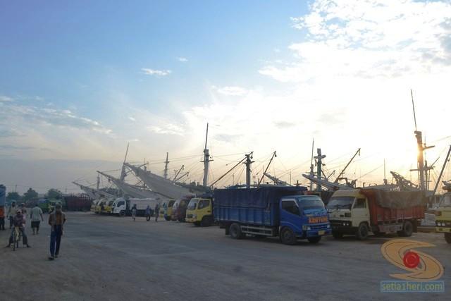 pelabuhan gresik (1)
