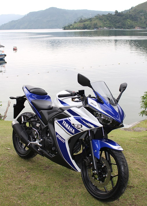Yamaha YZF-R25 launched in indonesia (2)