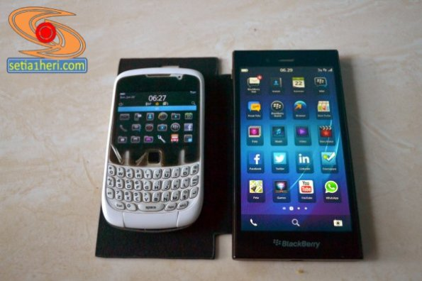 blackberry curve 9300 dan Z3