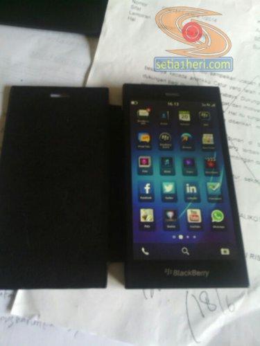 blackberry jakarta alias Z3