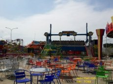 suroboyo carnival night market 2014t