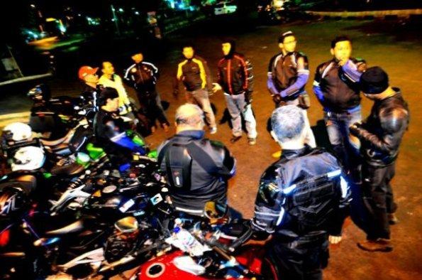 berdoa sebelum turing GPC to Borneo 2014