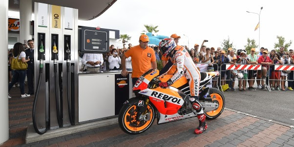 Marc Marquez refuels in Corpolo (Italy), on the road to Misano 2014