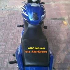 pulsar biru livery yamaha R25
