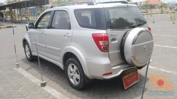 Belajar nyetir mobil toyota rush di Bagoes gresik (10)