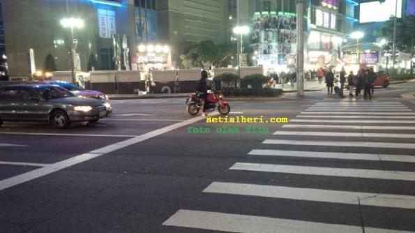 motor monkey di korea