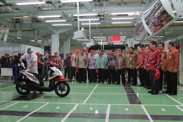 peresmian pabrik AHM plant 4 Karawang tahun 2014 oleh wapres Jusuf Kalla (1)