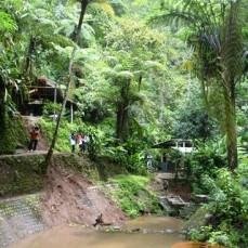 Air Terjun Irenggolo Besuki Kediri tempat ultah ketiga jatimotoblog 2014 (5)