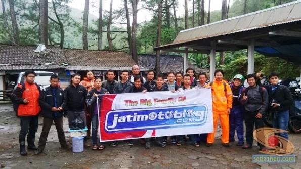 Air Terjun Irenggolo Besuki Kediri tempat ultah ketiga jatimotoblog 2014 (7)